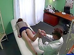 Babe pussy creampied with fraud doctor
