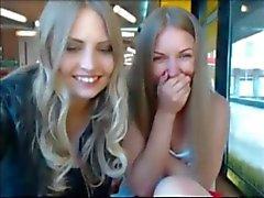 safadinha provocando na webcam