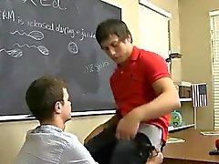 Tv gay boys porno Timo Garrett gives his teacher Julian Smil