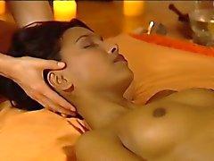 Tantranın Egzotik Massage İncelendi