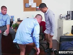 Latin gay dildo ve yüz