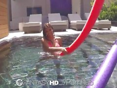 FantasyHD - BlowJob in the pool by Michelle Martinez