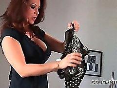 Bisexuell der Pumas im Doppeldildo Dildo ass In den den Arsch Szene
