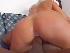 Big Booty White Girls - Part 1 (Melanie Crush)