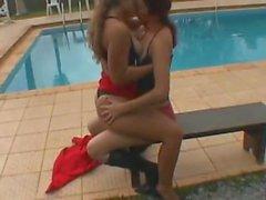 Tatty se besa con su novia