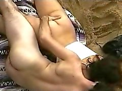 VOYEUR ON THE BEACH 5 jovem casal
