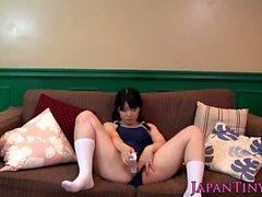 Minuscoli Japanese nel body vibra sua figa pelosa e