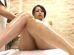 Sultry Oriental babe gets pleased with a vibrator on the ma