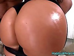 Blonde bubble butt rimjob and getting oiled up
