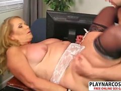 Sensuous Mom Alice Gets nailed Well Hot Bud