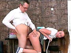 Bir öğretmen ile 3some cinsellik