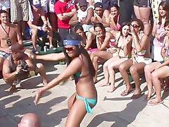 Wild Party LE RAGAZZE SPRING BREAK 2009 - Scene 6 Anteprima gratuita