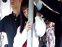 Japanin söpö koulutyttö saa fuking linja