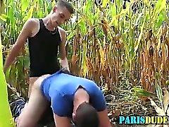 Amatoriale francese scopata e cummed sulla