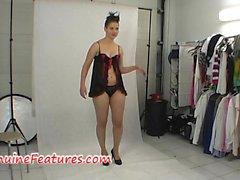 Upea woman itsellesi backstagelta pitoon dress