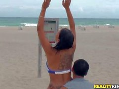 Sexy Latina Richie DeVille does exercises on the beach