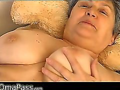 Бабушка с крупными трусиках OmaPass