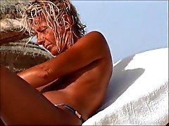 ongelooflijke strand tControleer vrouw tunesia topless