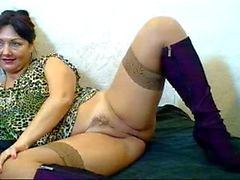 Russian hairy webcam mom (Pizda Volosataya) 4