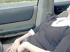 geile Mutter gestoppt Fahrzeug masturbieren