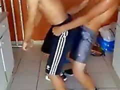 Tanssivat paineessa
