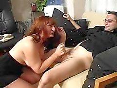 Baas in panty krijgt wat ze wil