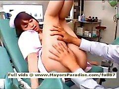 Akiho Yoshizawa onschuldige mooie Aziatische verpleegster geniet speelde
