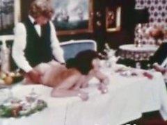 Vintage Porno 1960 - Hairy età matura Brunetta - tavolo per tre