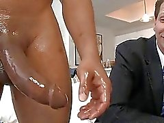 Boy обожает сосать хуй