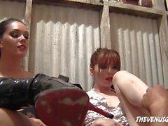 Jessi&Allison feet slave