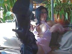 Kinky Mommy1