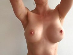 boobs shake mix slow1