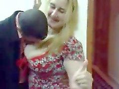 Mijn arab milf dansen voor mijn vriend in Arabische Saghra Nacht