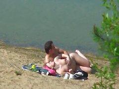 pareja playa 14