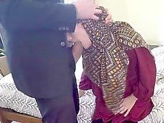 Beautiful араб шлюха трахает за деньги