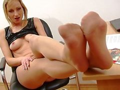 My secretary is not doing her job, she is ripping her pantyhose and uses dildo on work