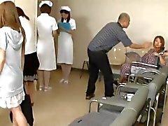 Porno gruppo di con gli infermieri cornee
