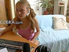 19yo amatööri tyttö sormitus verkkokameran