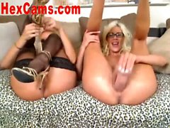 Lesbian Webcam Show With Strapon 1