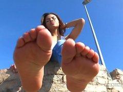 Helena feet 15