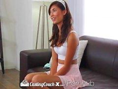 HD CastingCouch - Äx - Kuumat eksoottisia teen Kimberly Costa kiipeää dick