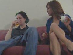 stief und Freundin machen ihn zu seine Sperma Restaurants