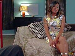 Asian wife Kaylani Lei loves giving blow job