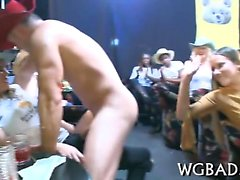 Sexy dudes acquire their peckers sucked by wild babes