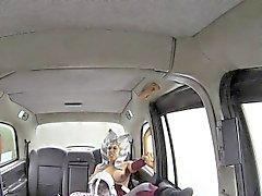 Costumed slut çuvalladı taksi sürücüsü