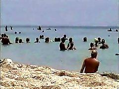 spy beach013