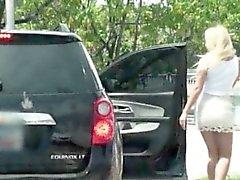 Hijo Aficionados de Tucker de Starr follan por extraño en el backseat