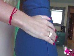 Ana Mancinis sexy blue skirt