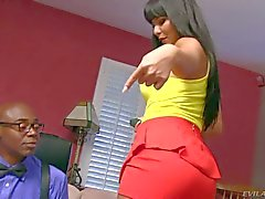 Rose Monroe shakes her Big latin Ass