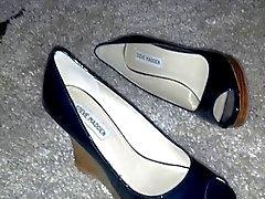 Divertissement à chaussures court Kinky ( 1 )